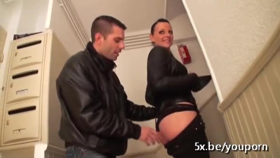 Natacha fucked in a threesome