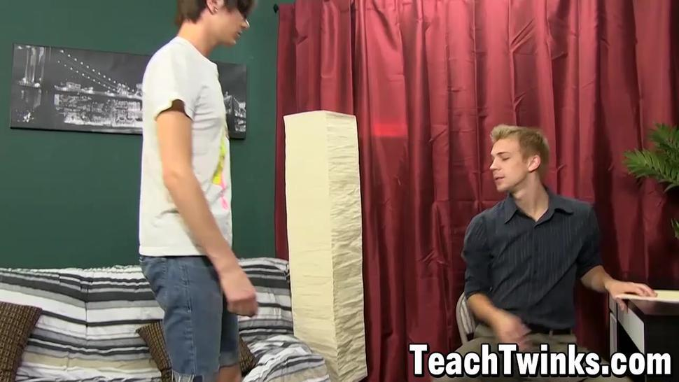 TEACH TWINKS - Dominant gay top Patrick Kennedy cums in twinks horny mouth