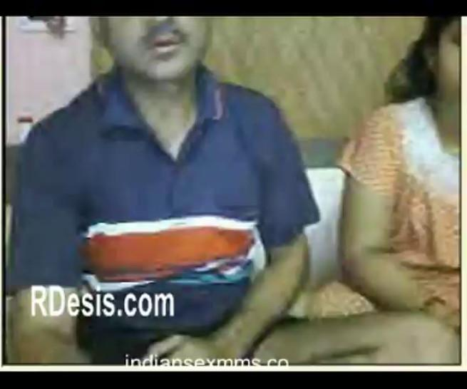 Aunty and Uncle Goes Nude Removing Clothes on Webcam Mms