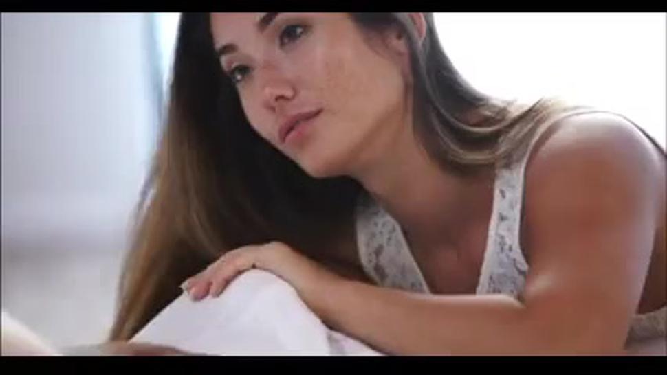 Hot Blowjob And Good Facial - Eva Lovia