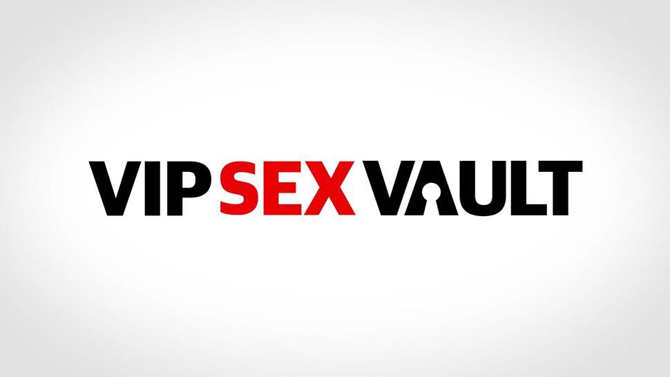 Vipsexvault - #Therese Bizzare - Big Ass Czech Teen Pounded Rough At Her First Audition