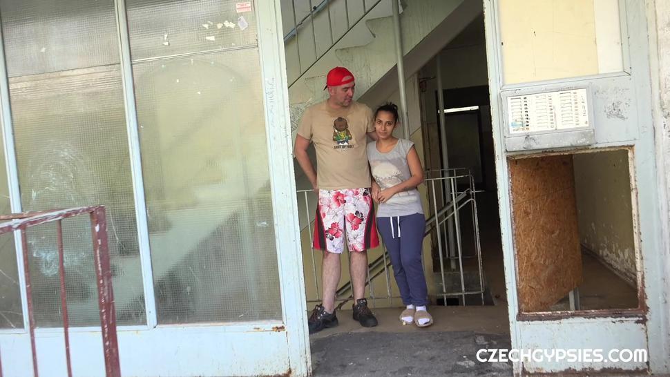 REAL CZECH GYPSY GIRL