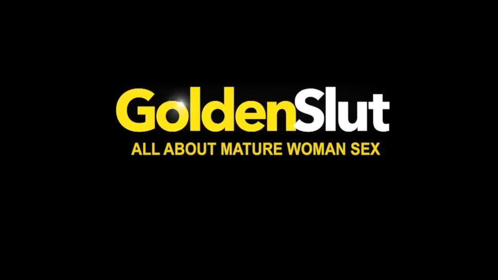 Golden Slut - Curvy Mature Chicks Bouncing on Big Cocks Compilation