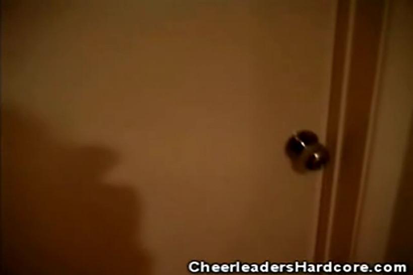 CHEERLEADERS HARDCORE - Blonde Cheerleader Masturbating