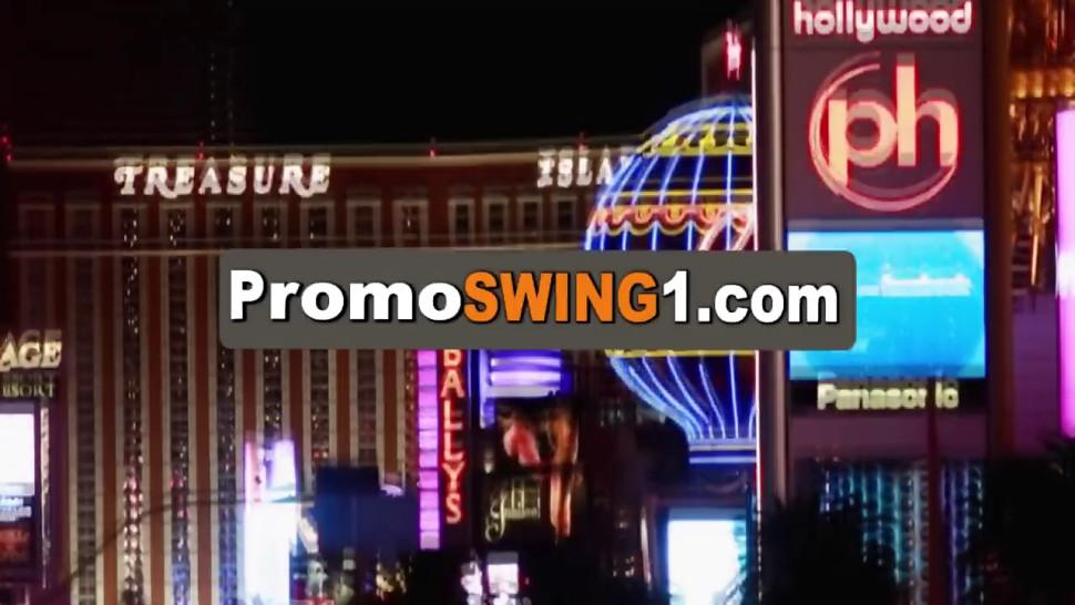 Swingers enjoy a day with massages and erotic games
