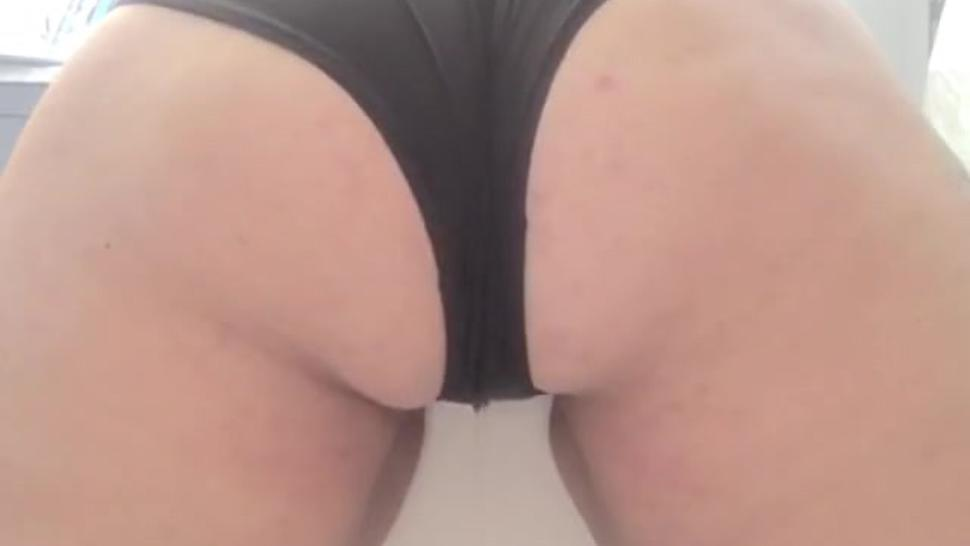 Pee desperation back view - I cant hold in my pee after holding it in for 17 hours for you