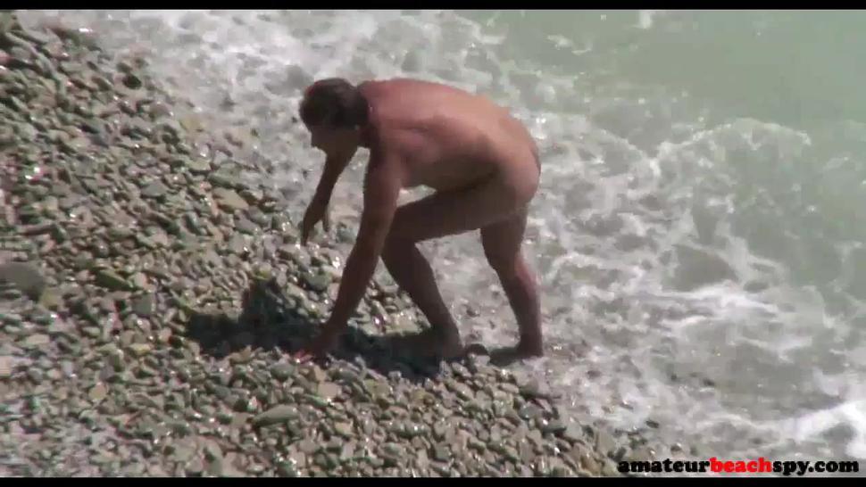 Cuckold Wife Shared By Hubby On Voyeur Beach