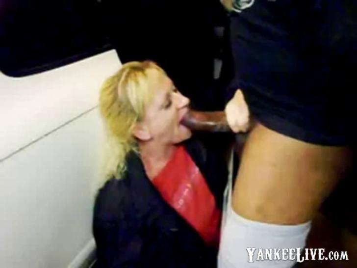 White Mature Bitch Sucking Huge Black Cock