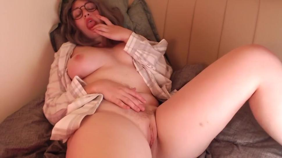 Perfect Girl Has Uncontrolled Orgasms In Chaturbate