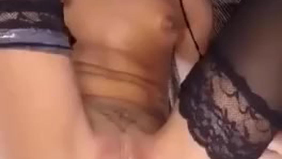 Le rompen el culo