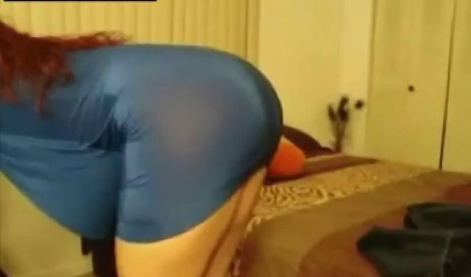 Thick white chick in blue dress getting smashed in heels