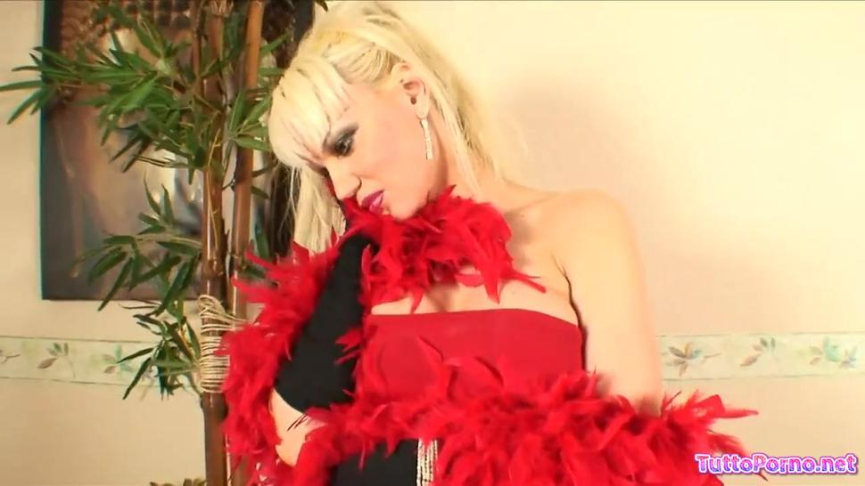 Blonde Whore Eats Cum After Hardcore Anal