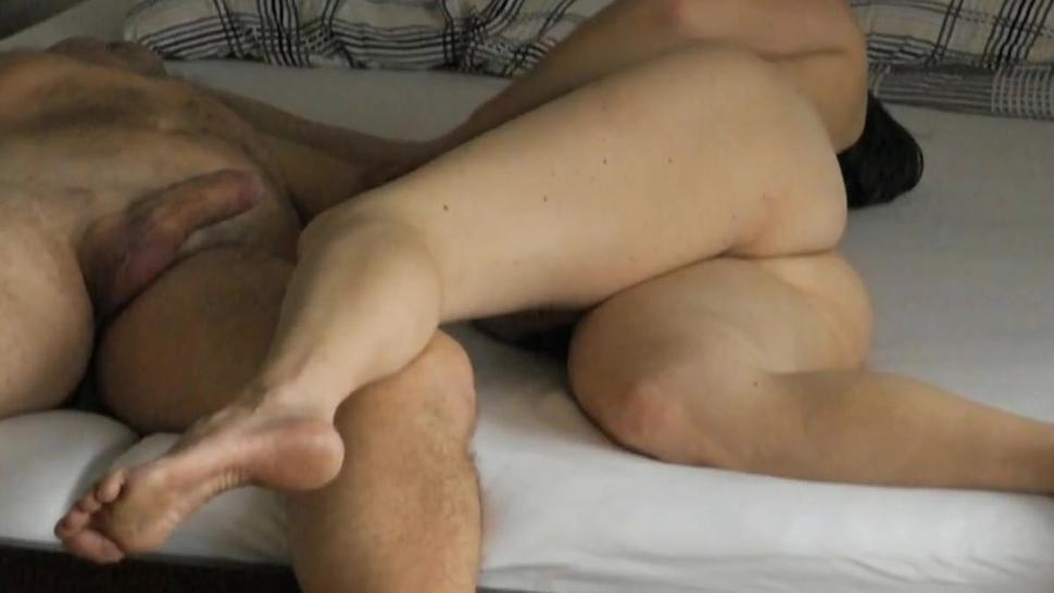 Peter and Anna in a mutual masturbation with cumshot