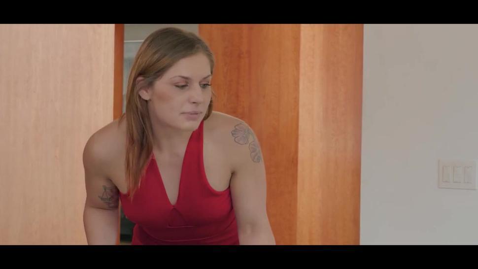 Kinky Psychologist Takes Advantage Of Clients Husband