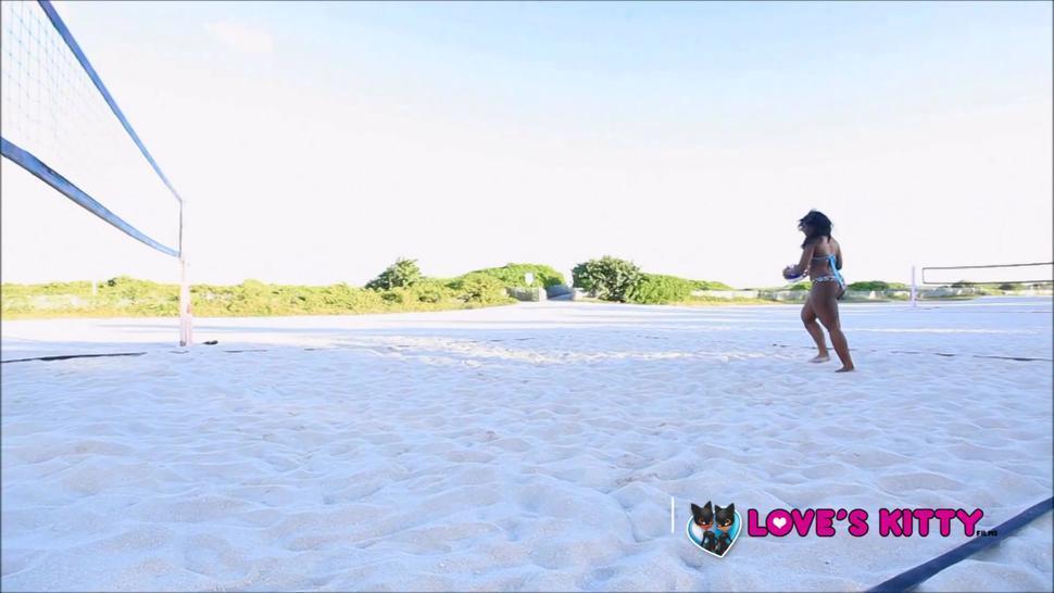Layla Monroe & Mia Milan (Thick Ass Lesbians) 1080p