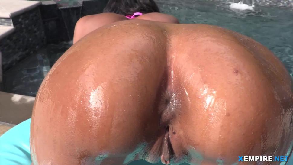 Ebony pornstar tit fuck and anal doggying