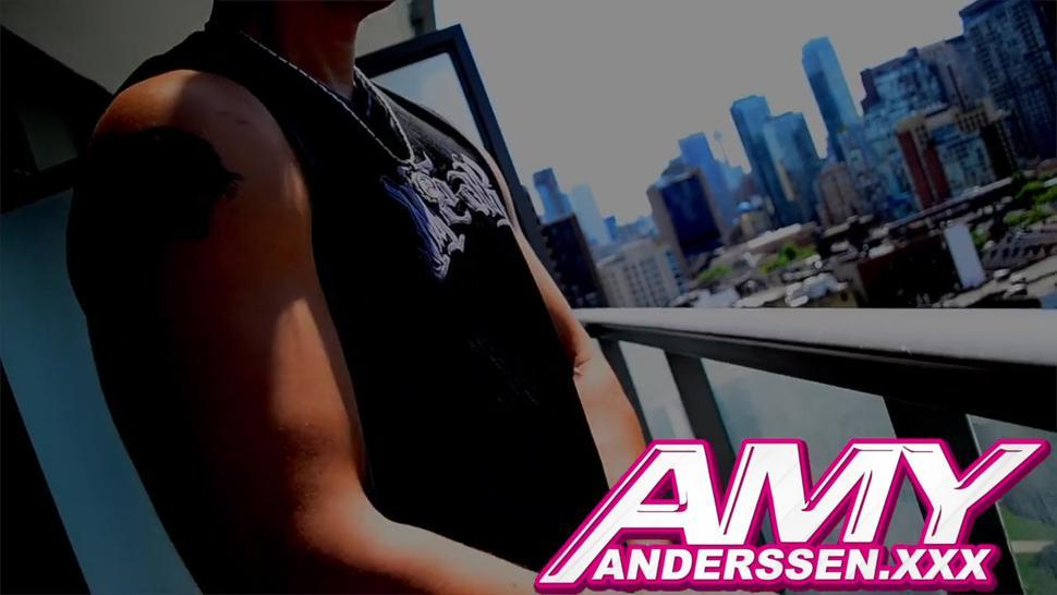 Wonderful Blowjob By Super Hero - Amy Anderssen