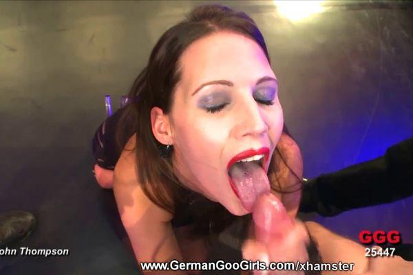 bbw slut seduces her friend to have lesbian sex