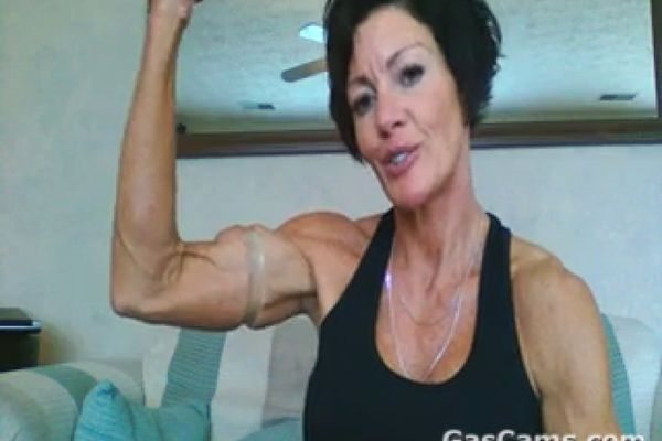 Muscle mature woman porn