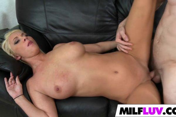 Emo girl porn videos free