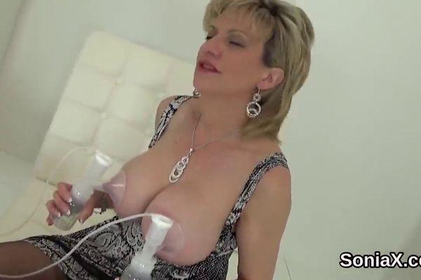 British Lady Sonia Videos