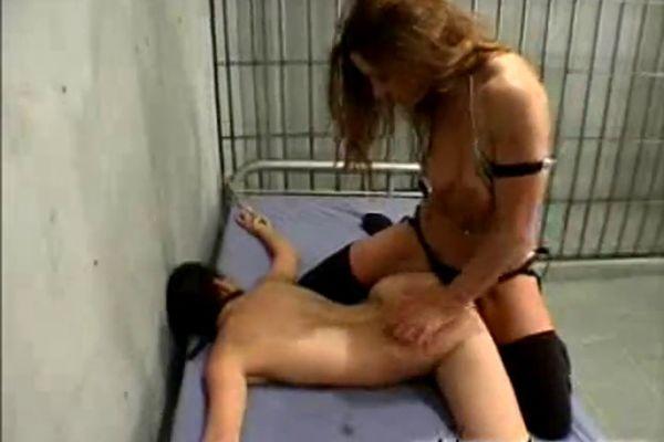 Jail porno strapon sutra oral