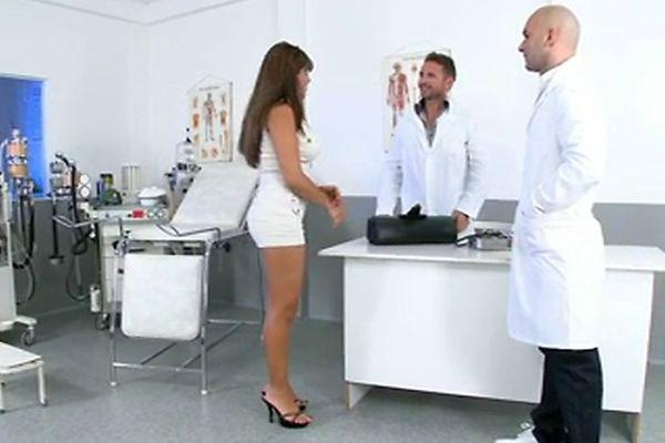 меня зазеркалья групповой прием у гинеколога видео свою