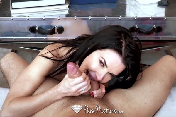 Big Tits Milf Veronica Avluv Fucked Deep
