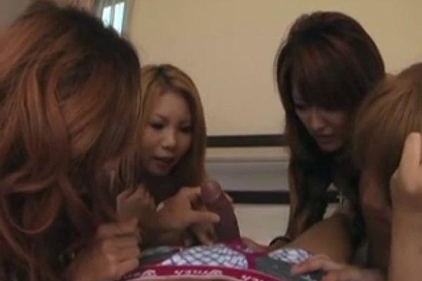 3 japanese girls blowjob a guy - TNAFlix Porn Videos