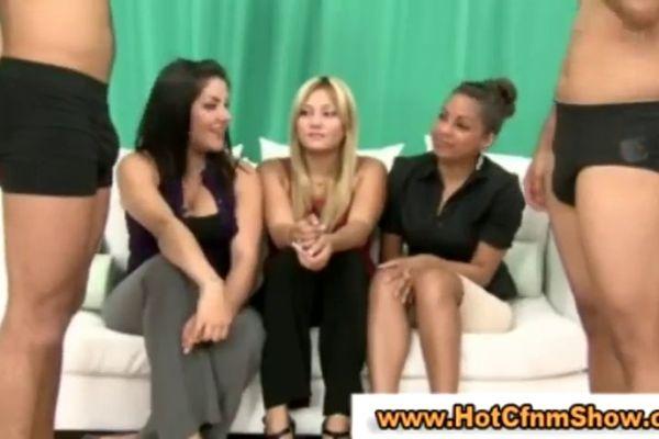 Durch die strumpfhose gefickt free porn tube watch