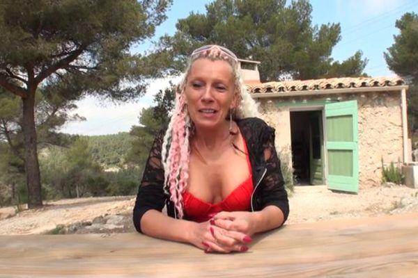 French mature shanael fucked outside