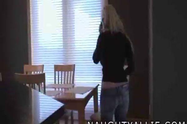 Naked blonde bodybuilder female