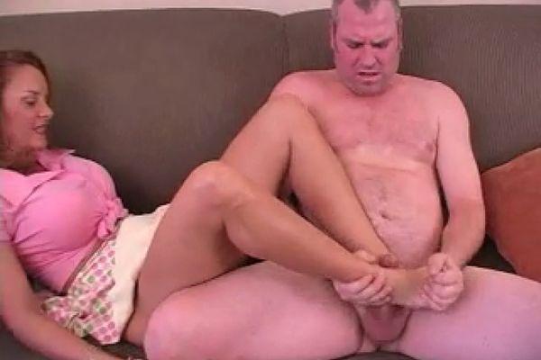 brunette tries anal