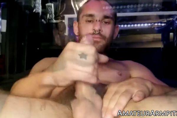Amateur jock masturbates his big cock