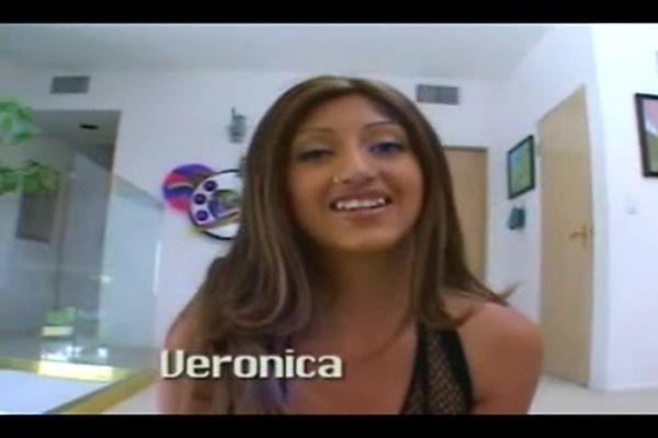 Veronica representing mexico city 10