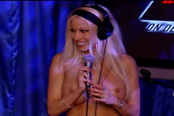 Gina Lynn On Howard Stern Sybian Tnaflix Porn Videos