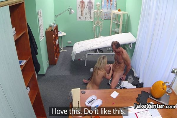лесбиянка гениколог в sexsmotri
