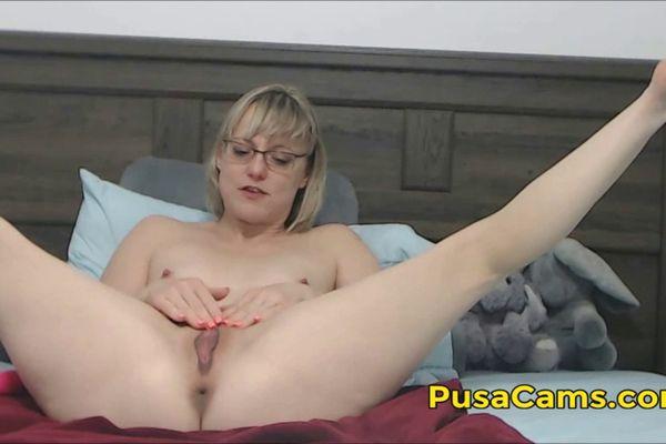 Pornstar Violet Blue Cummed On