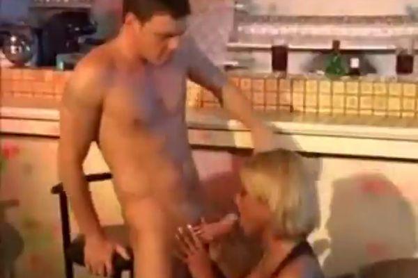 Порно немецкое с переводом группа