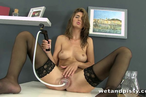 squirting office