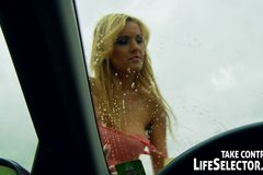 Sexy car wash with hardcore act from Booty Molly in POV