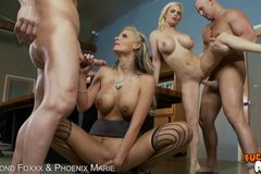 Phoenix Marie & Diamond Foxx Do Anal With 2 Guys!