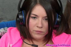 Gamer lesbian Shyla Jennings fingered