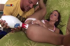 Alysa Gets Anal Fisting with a Kingpin and an Anal Creampie