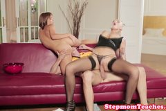 Stunning milf receives gapeshot with stepteen