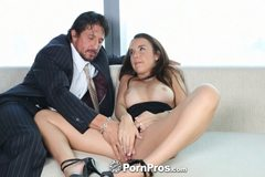 Business man gets professional sex from Dillion Harper