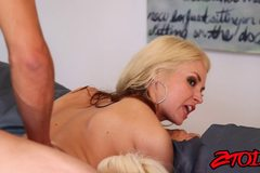 Sarah Vendella and Holly Heart love a cougar sandwich