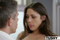 Beautiful Natural Brunette Anna Morna Tries Anal