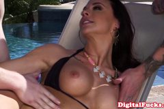 Chanel Preston pleasured with two cocks outdoor