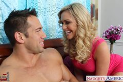 Cute girlfriend Mia Malkova fucking
